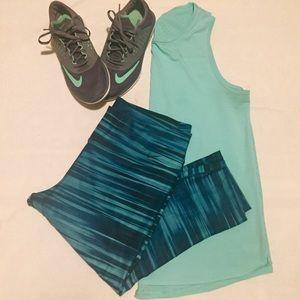 Nike Legend 2.0 emerald green  striped capris  XL